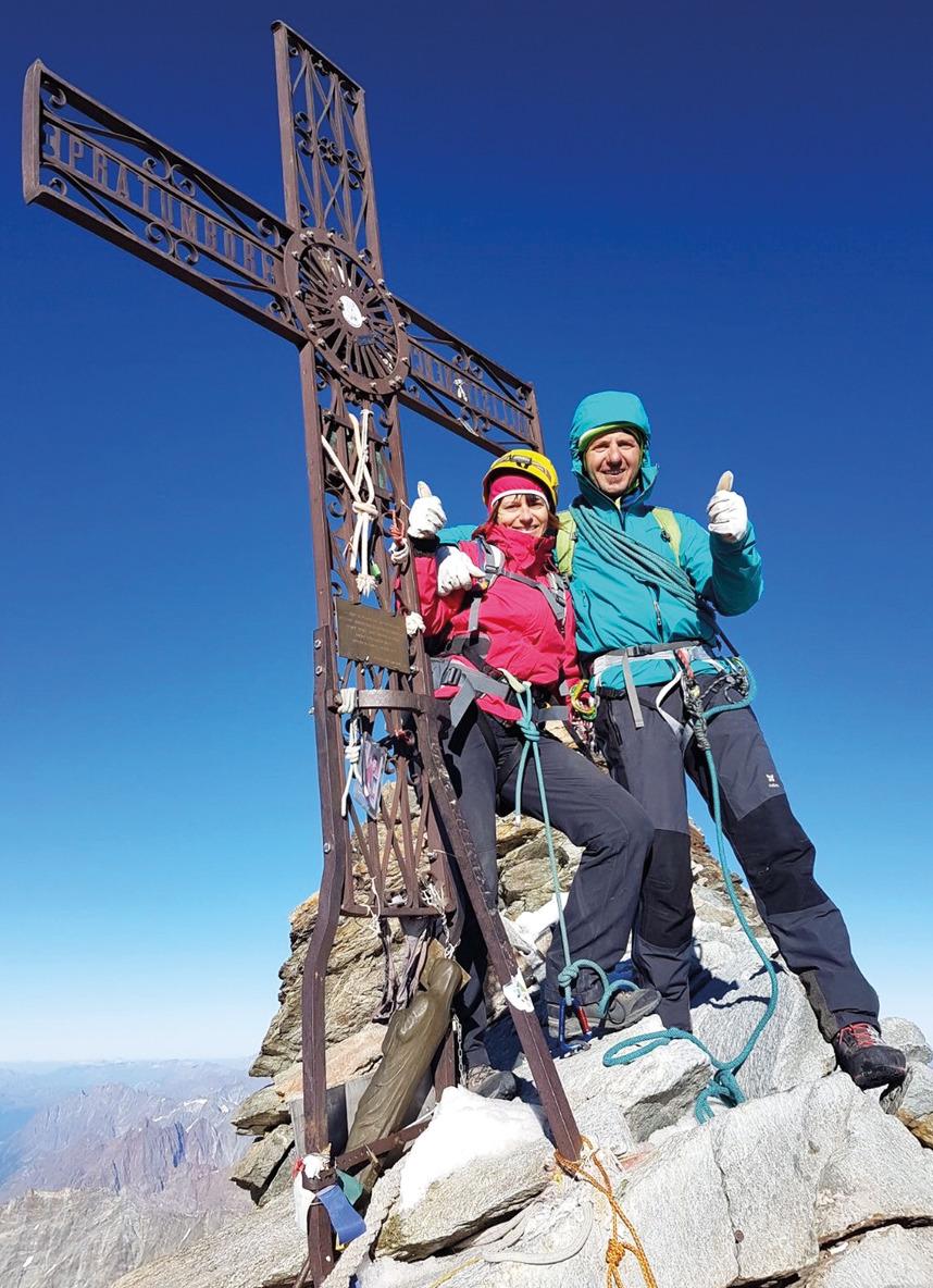 Au sommet du Cervin en compagnie de son guide