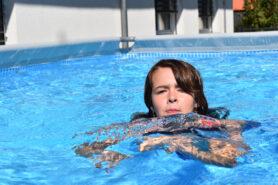 À la piscine en compagnie d'enfants diabétiques